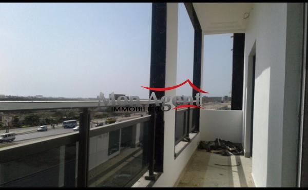 Plateau de bureau en location à la Liberté 6 extension à Dakar