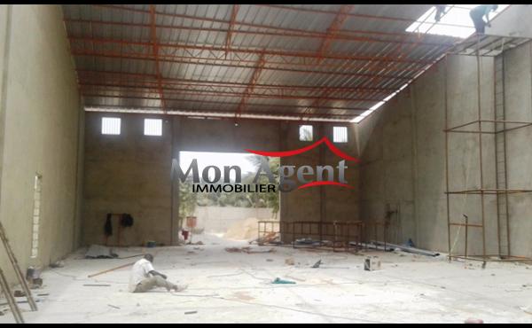 Hangar en location Dakar Cambéréne