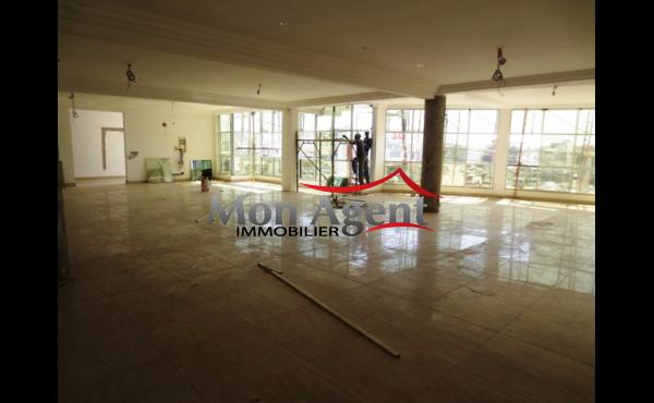 Plateau de bureau à louer à Mermoz Dakar
