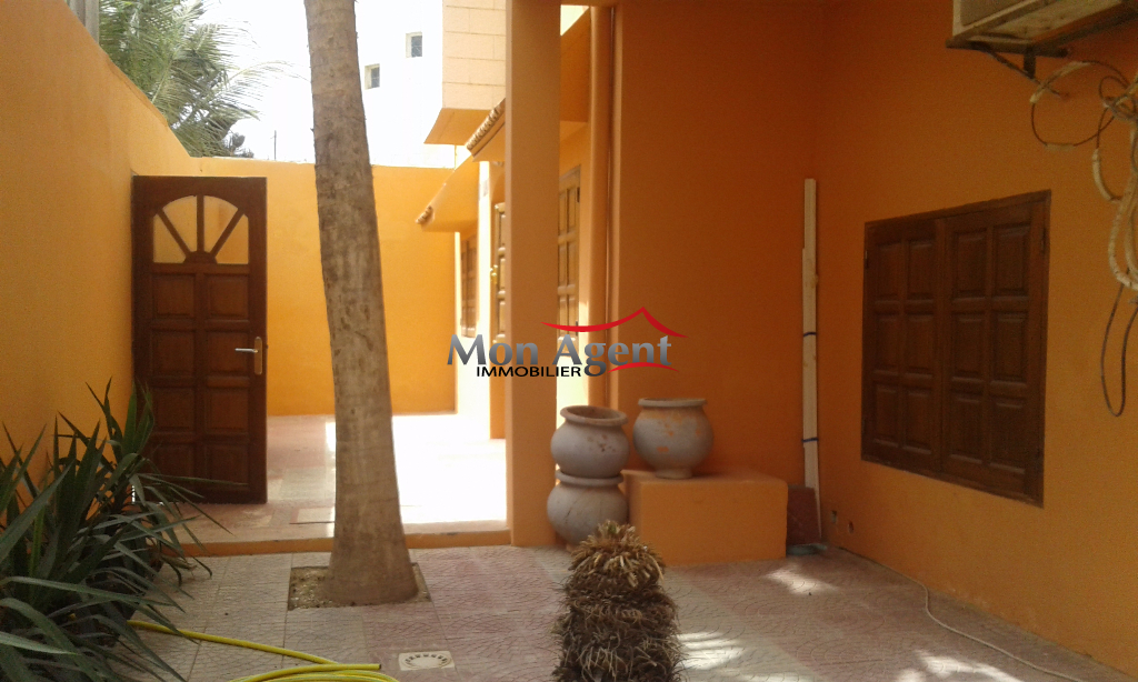 Location villa mamelles dakar agence immobili re au s n gal for Agence immobiliere dakar