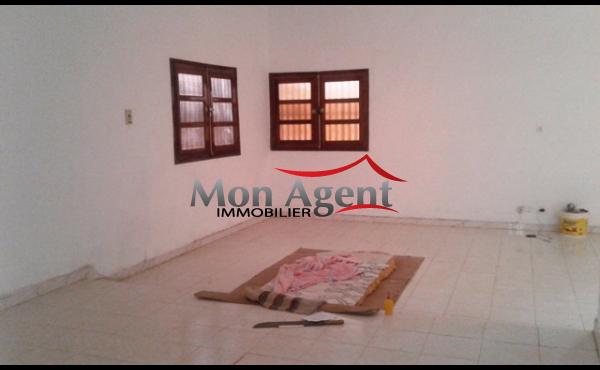 Villa en location à la Cité Biagui Dakar