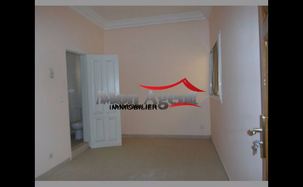 Villa Ouest foire Dakar