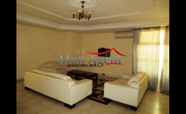 Location appartement piscine Dakar Ngor