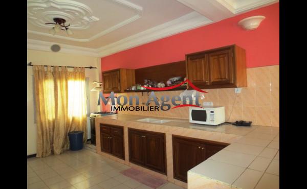Location studio meublé à Mermoz Dakar