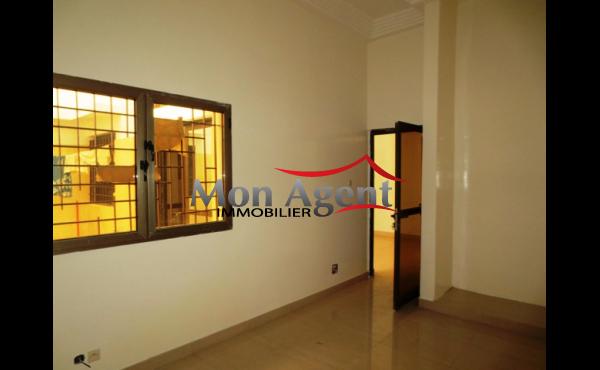 Location appartement à Sicap foire à Dakar