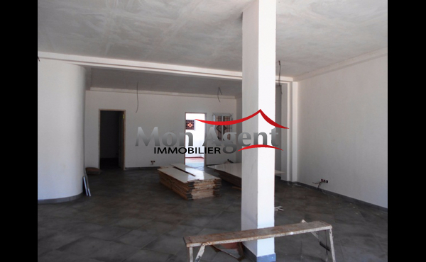 Location d'un magasin 85m² au Virage à Dakar