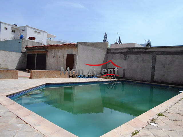 Location villa piscine aux almadies dakar agence for Agence immobiliere dakar
