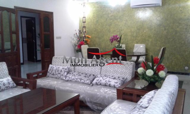 meubler un appartement ides decoration pour amenager petit appartement et studio dlicieux. Black Bedroom Furniture Sets. Home Design Ideas