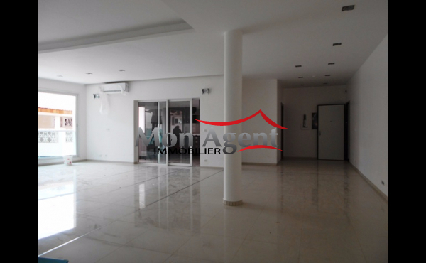 Location d'un appartement à Dakar aux Almadies