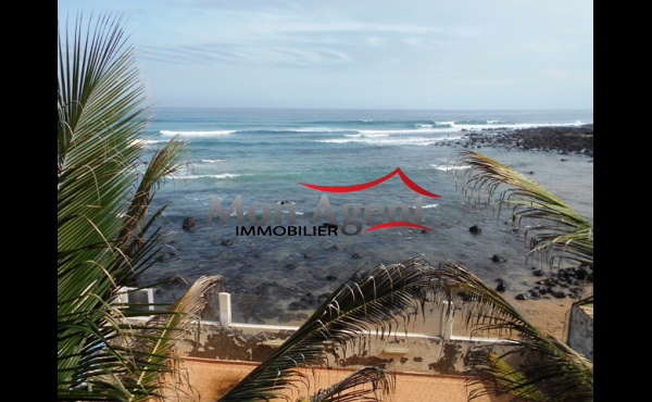 Location d 39 une villa piscine virage dakar agence for Agence immobiliere dakar
