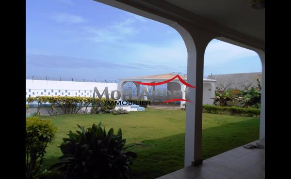 Villa basse piscine à louer Virage Dakar