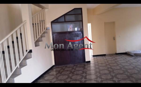Villa à louer Bourguiba à Dakar