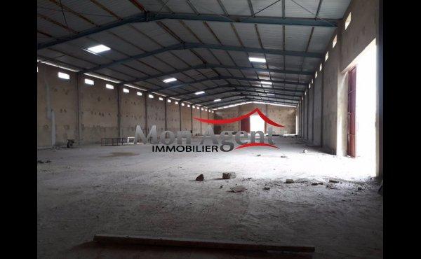 Hangar 7 500 m² à louer Dakar Diamniadio