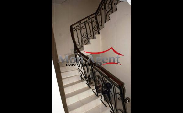 452 Escalier