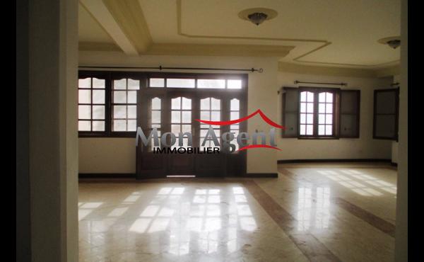 Maison vendre au virage dakar agence immobili re au for Agence immobiliere dakar