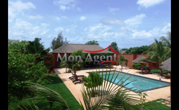Villa meublée à vendre à Saly Mbour