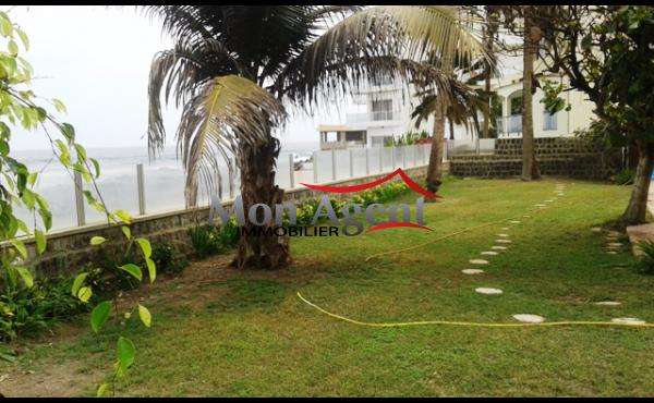 Location villa avec piscine Dakar au Virage