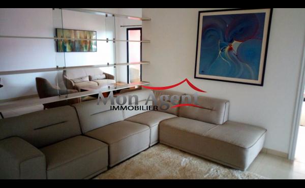Appartement non meublé à vendre Cité Dammel Dakar