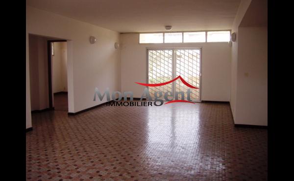Location d'un Duplex à Dakar Fann