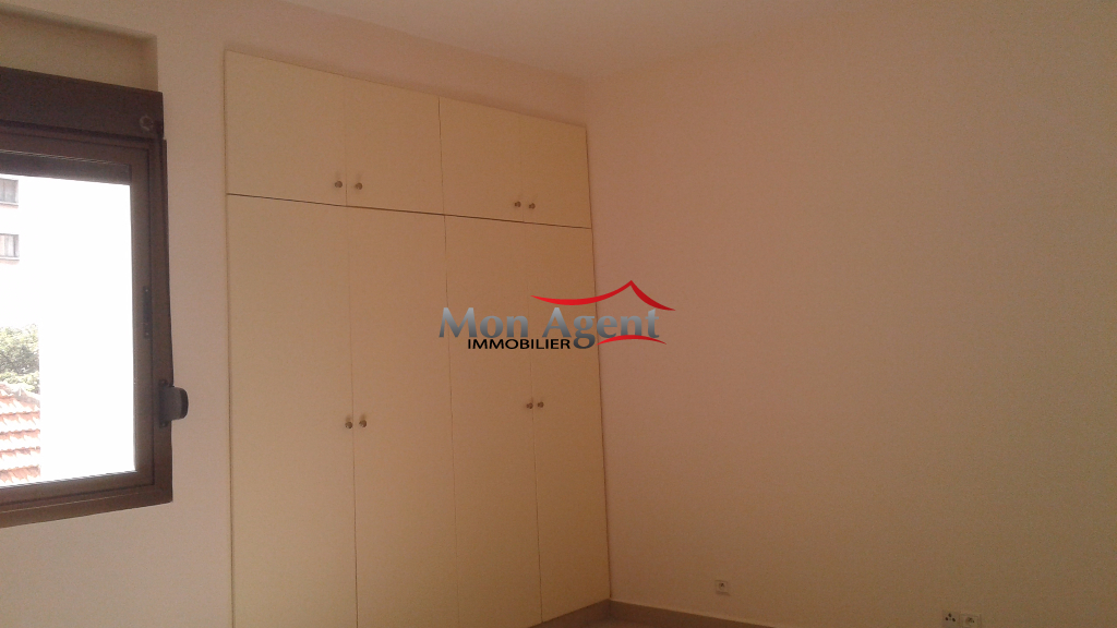 appartement en location dakar plateau agence immobili re au s n gal. Black Bedroom Furniture Sets. Home Design Ideas