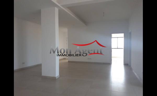 Appartement non meublé à louer Dakar Cité Dammel