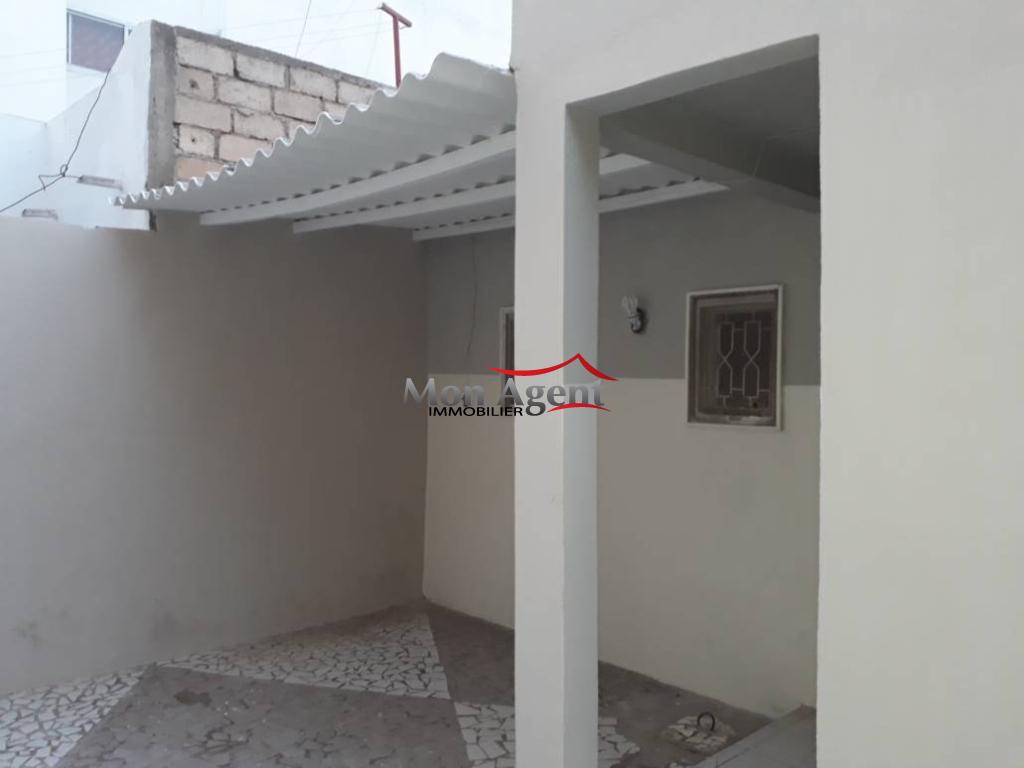 Villa basse a vendre cit cpi dakar agence immobili re for Agence immobiliere dakar