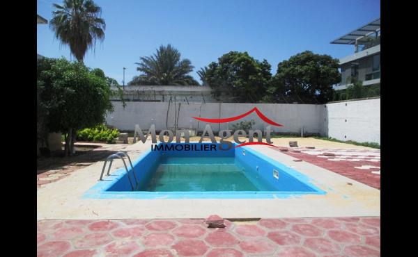 Villa piscine à louer Dakar à Fann