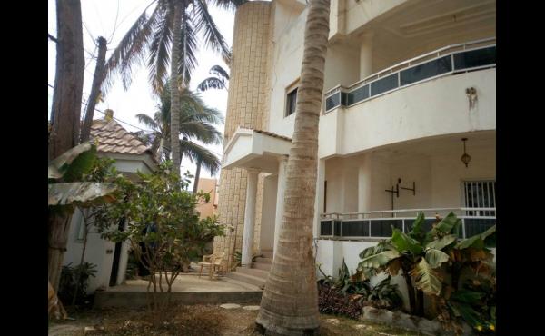 maison a vendre a Dakar almadies