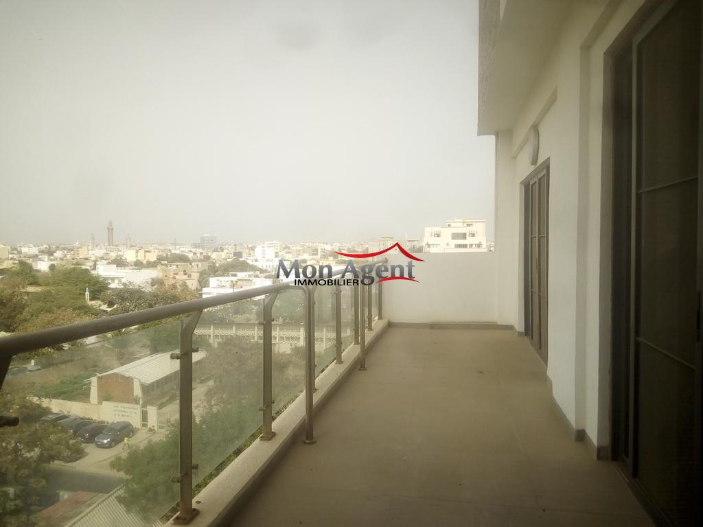 Location duplex dakar point e agence immobili re au s n gal for Agence immobiliere dakar