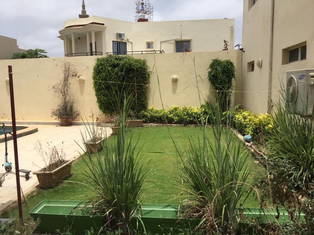 Luxueuse Villa piscine a louer au mamelles Dakar 14