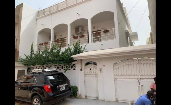 Maison a vendre a Mermoz Dakar