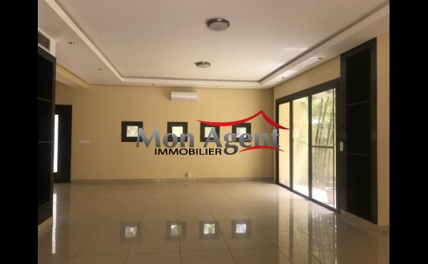 Villa piscine à louer Fann résidence