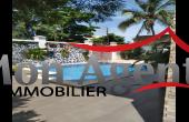 VL402, Belle villa piscine a louer Mermoz Dakar