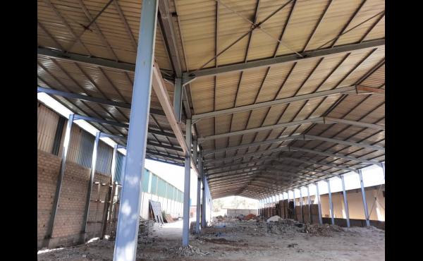 Grand Hangar a louer a Dakar